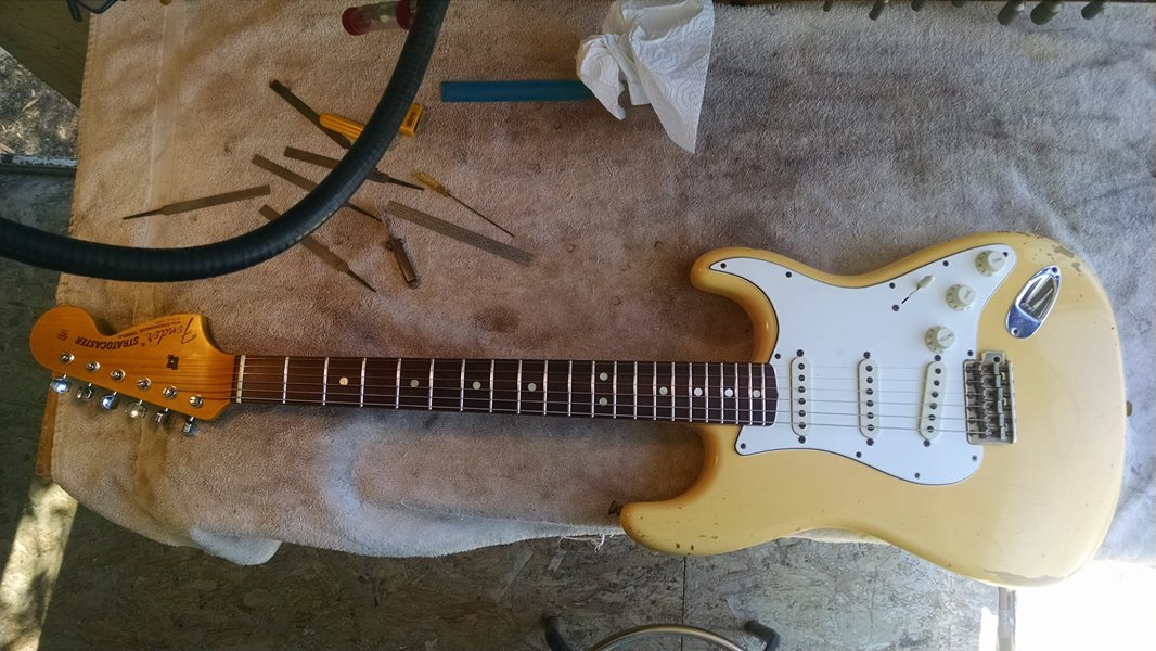 69 Custom Shop Stratocaster with 6000 Stainless Steel Frets